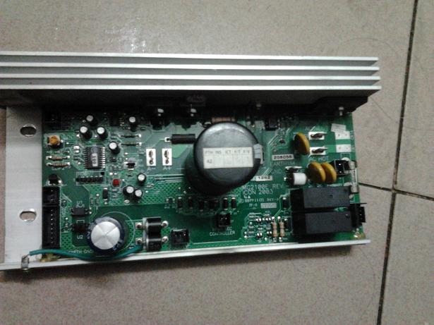爱康跑步机维修普乐福跑步机维修13804原装电路板